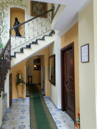 Hotel La Colombaia: P80826-102206_large.jpg
