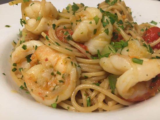 Trattoria Roma: Spaghetti with shrimps 🍤 😍😋😋🤩