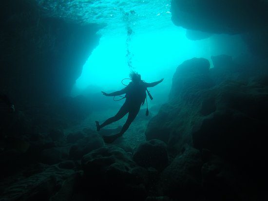 Kolymbari, Greece: RAVDOYHA CAVE DIVING