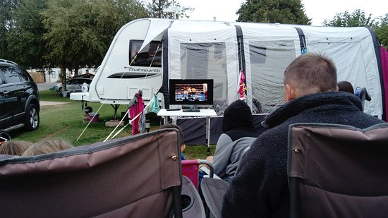Whitehill Country Park: Boxing night camping