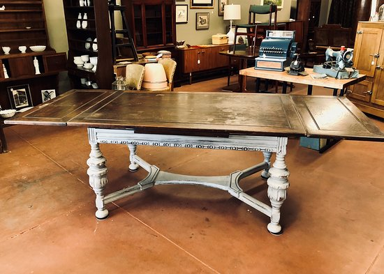 Trouvaille Antiques: 1940s Jacobean Style Farmhouse Table By Virginia House  Furniture Co.