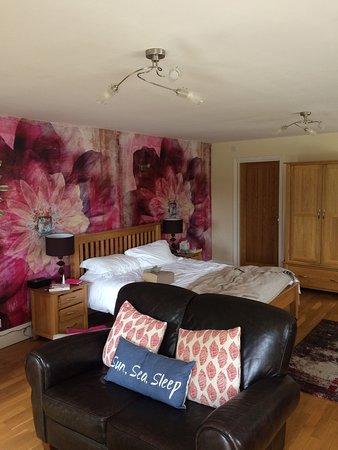 Epchris House: The garden room