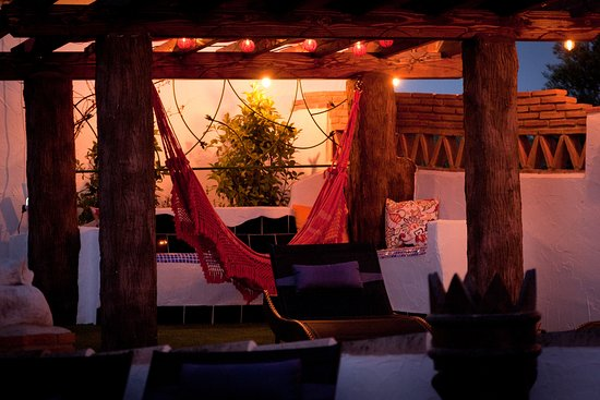 Cuevas del Campo, Espagne : The hammock is fab, day or night