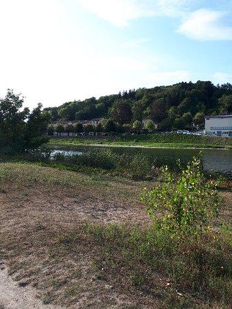 Pont-d'Ain, Francia: 20180827_122356_large.jpg