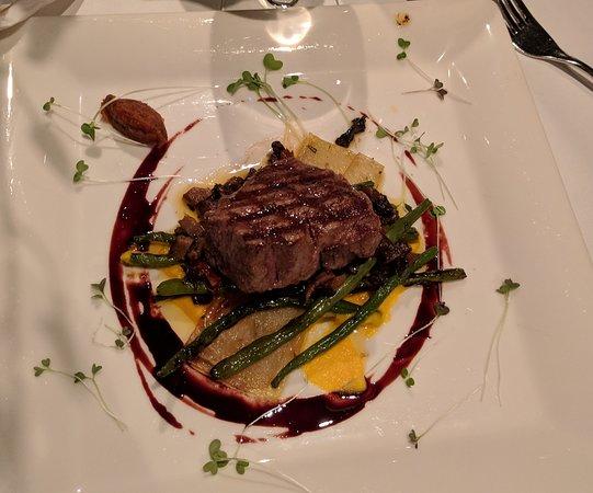 GEORGE Restaurant: Beef Tenderloin