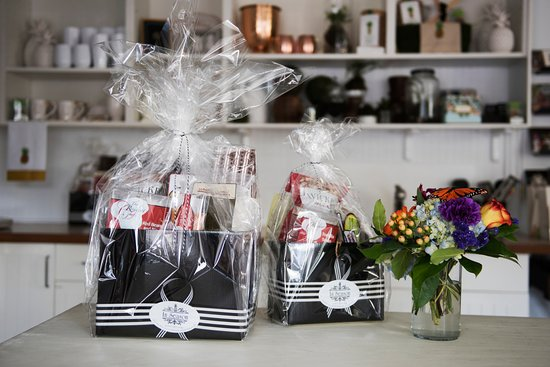 In Season | Bentonville Arkansas | Arkansas Gift Baskets