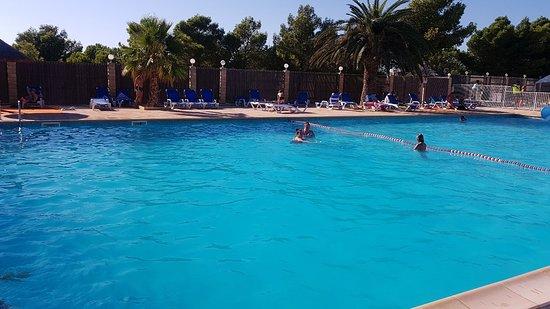 Camping la nautique narbonne restaurant avis photos - Hotel narbonne plage avec piscine ...