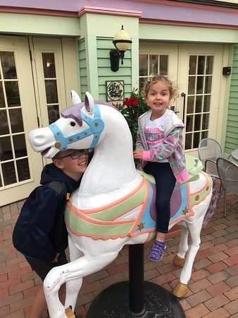 Inn on Mackinac : The carousel horse continues to delight!