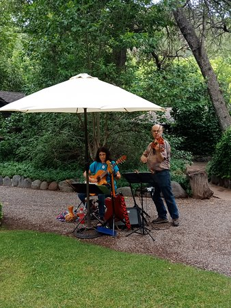 The lovely band at the Briar Patch Inn