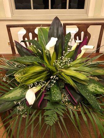 Dunchideock, UK: Our floral arrangement