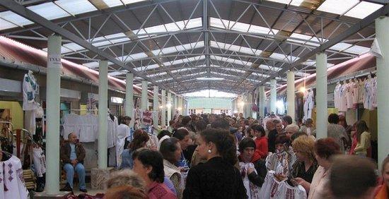 """Night Vyshyvanka Market """"Torgovitsa"""""""