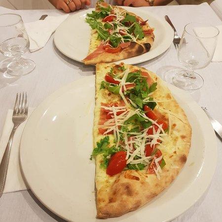 Isola bella pizzeria cucina siciliana quarteira for Cucina siciliana