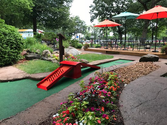 Wheel Fun Rentals – Como Park Mini Golf