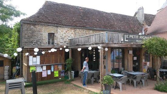 Rignac, Frankrike: Le restaurant