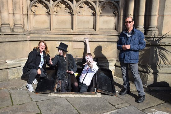 Shiverpool: With Chiler Black and Robin Graves