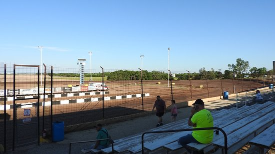 Salina, KS: Turns 1 & 2