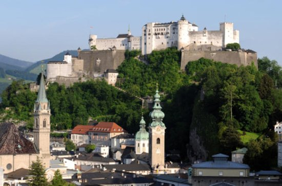 Salzburg and Lake District Day Tour...