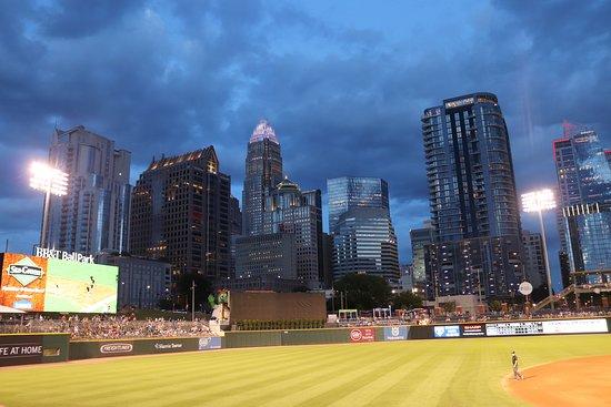 BB&T Ballpark: Charlotte skyline at night