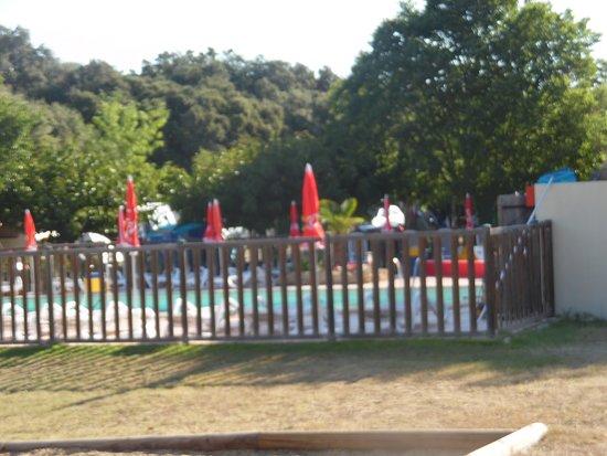 Junas, France: piscine