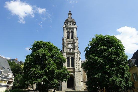 Église Saint-Benoît