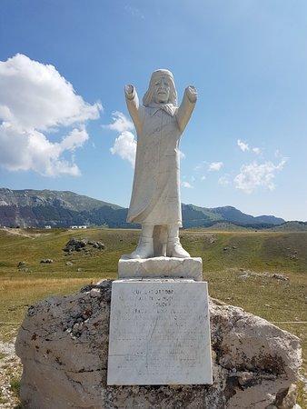Monumento al pastore Pupo Nunzio