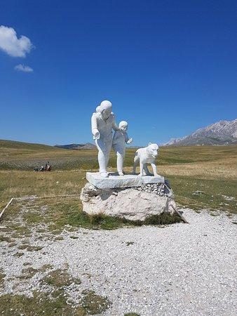 Monumento al pastore Pupo Nunzio照片