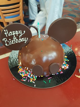The best birthday cake! - Picture of Chef Mickey's, Orlando ...