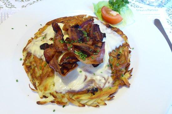 Vattis, Ελβετία: Grossmutter-Rösti (Speck, Käse)