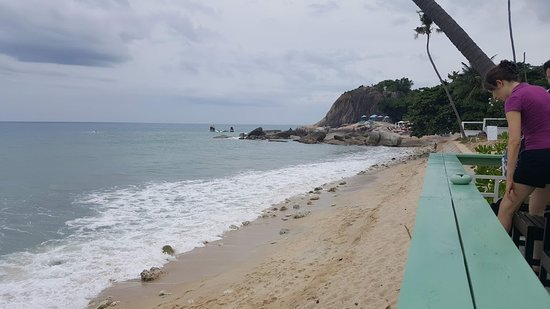 Rummana Boutique Resort: Beach in the front of the hotel bar & restaurant