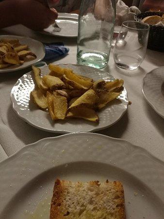 Sant'Omero, Italia: IMG_20180817_210529_large.jpg