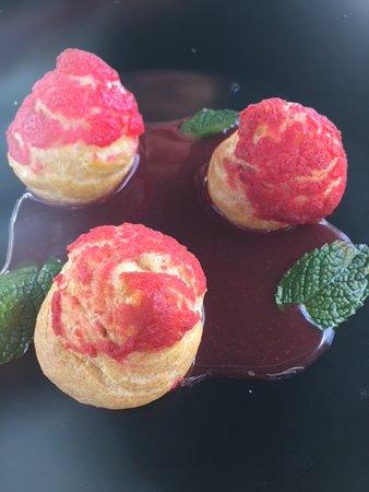 Chemille-sur-Indrois, ฝรั่งเศส: Choux confit de fraise