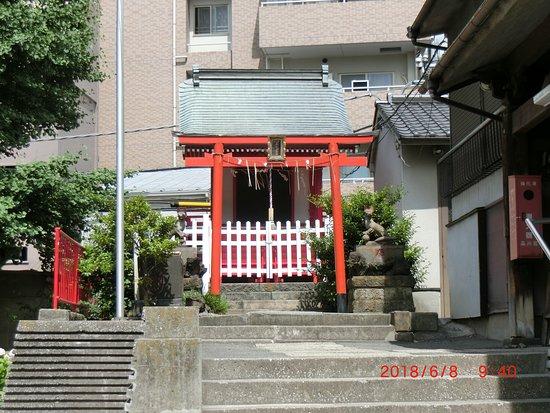 Nakamachi Inari Shrine