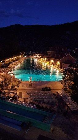Glenwood Hot Springs Pool: 20180827_202044_large.jpg