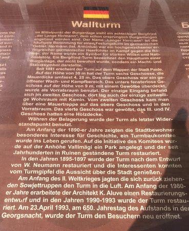 Paide, Estônia: Infotafel auf deutsch