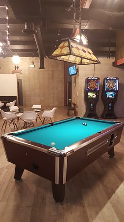Streator, IL: Billiards and Electronic Darts