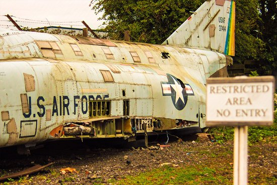 Midland Air Museum: Right at the back but full of atmostphere.