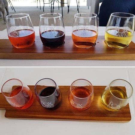 Shelby, Мичиган: berry flight: Cherry, Blueberry, Strawberry, Peach.