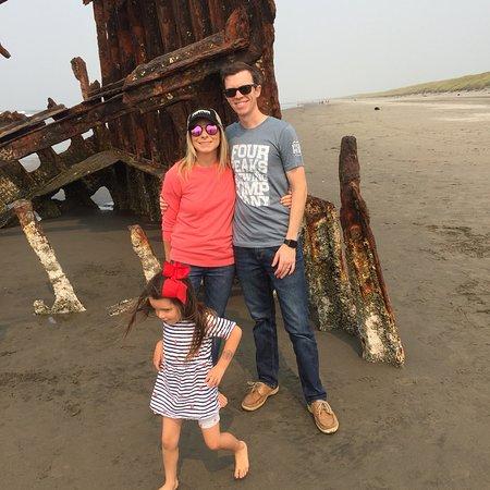 Peter Iredale Ship Wreck: photo1.jpg
