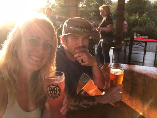 Roseland, Virginie: Enjoying tasty beverages