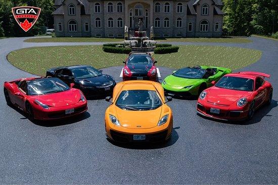 Oakville, كندا: Supercars