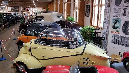 Automobile & Road Museum Mobilia