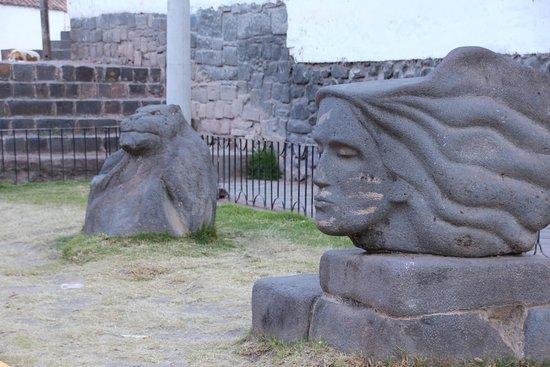 Andahuaylillas, Perù: Exterior view