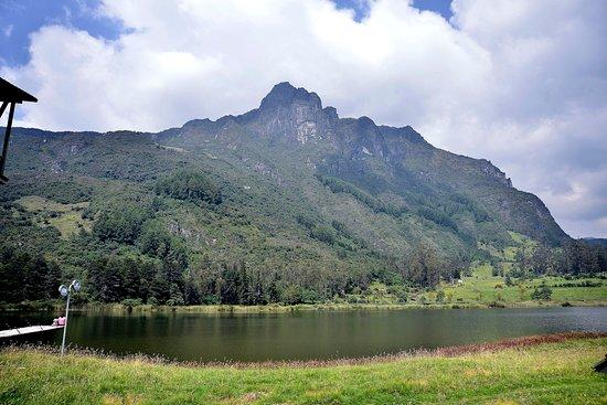 Giron, Ecuador: bella laguna de busa