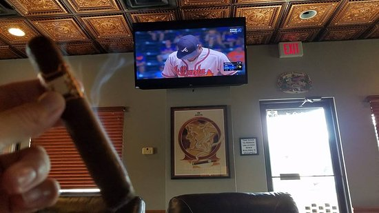 The Ligero Leaf: A great place to watch the game!