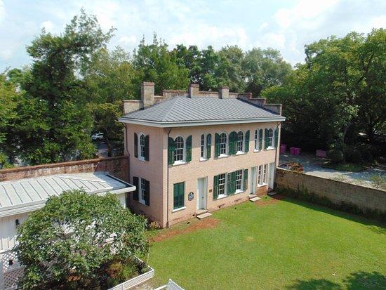 Bellamy Mansion: slave house