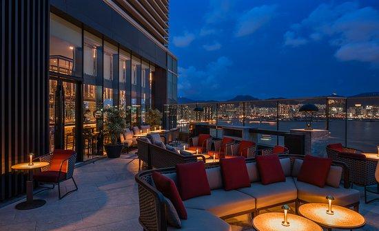 Gambar Hyatt Centric Victoria Harbour Hong Kong - Hong Kong Foto - Tripadvisor