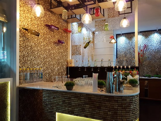 Kanpur Nagar District, Indien: Elegantly designed Mocktail Bar