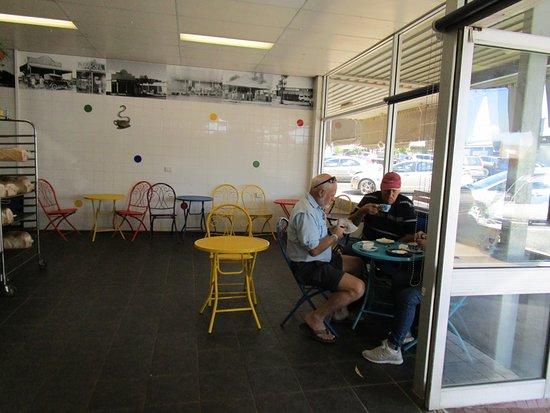 Nanango, ออสเตรเลีย: Light and roomy