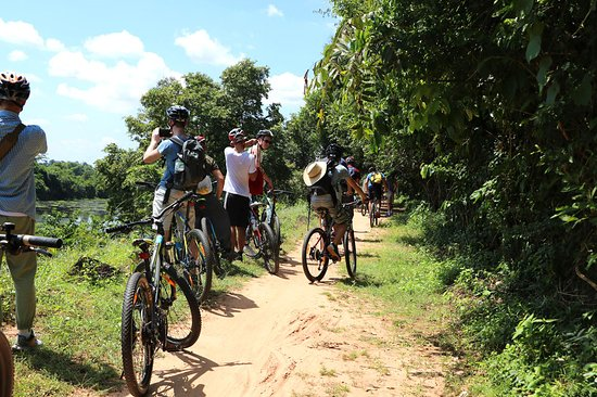 Battambang Cycling Tour