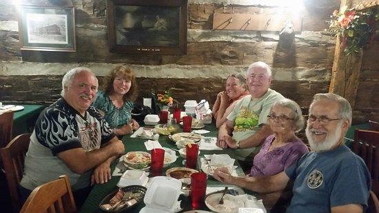 Haubstadt, IN: Dinner with Friends